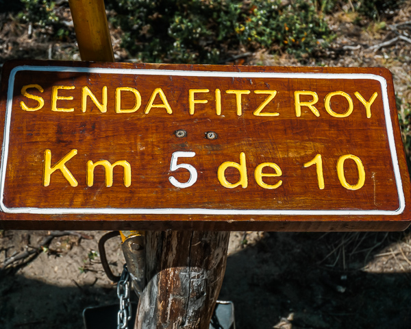 hike signs on the way to mt fitz roy