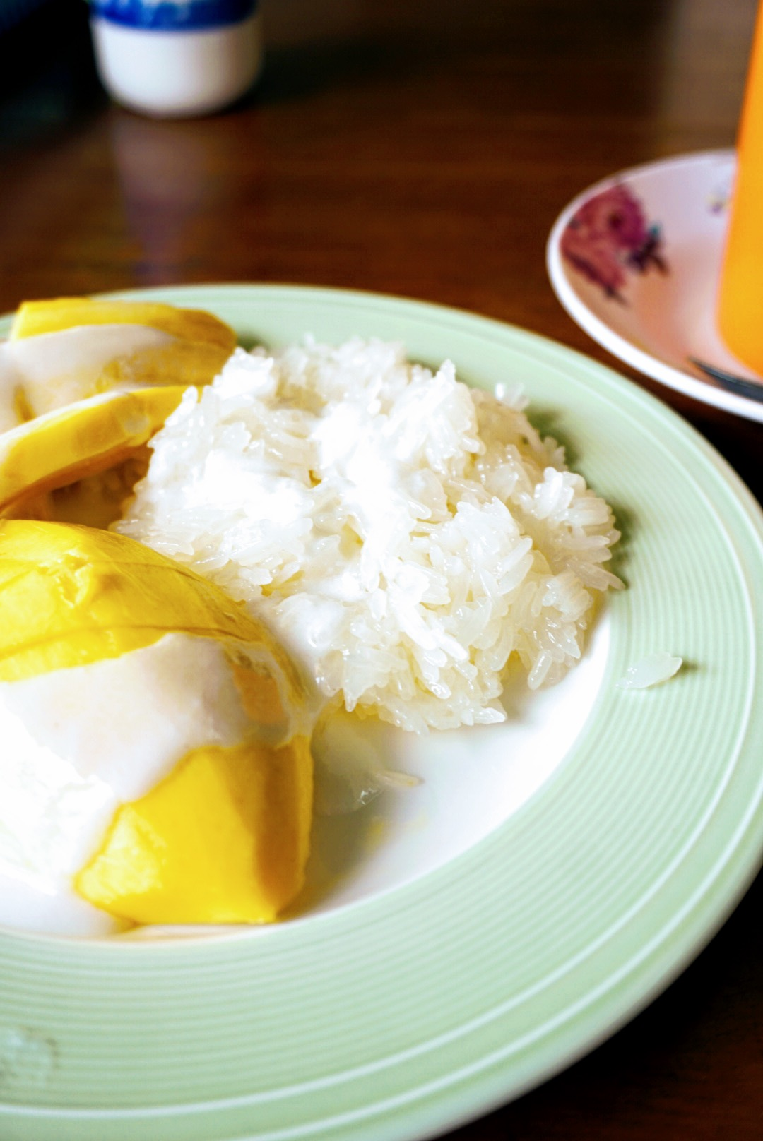 48 hours in Bangkok eating mango with sticky rice