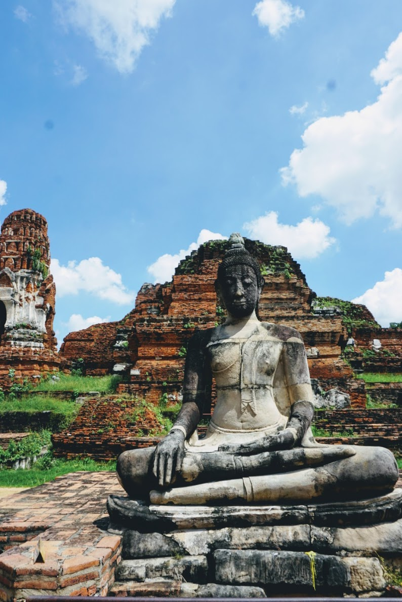 day trip to ayutthaya thailand