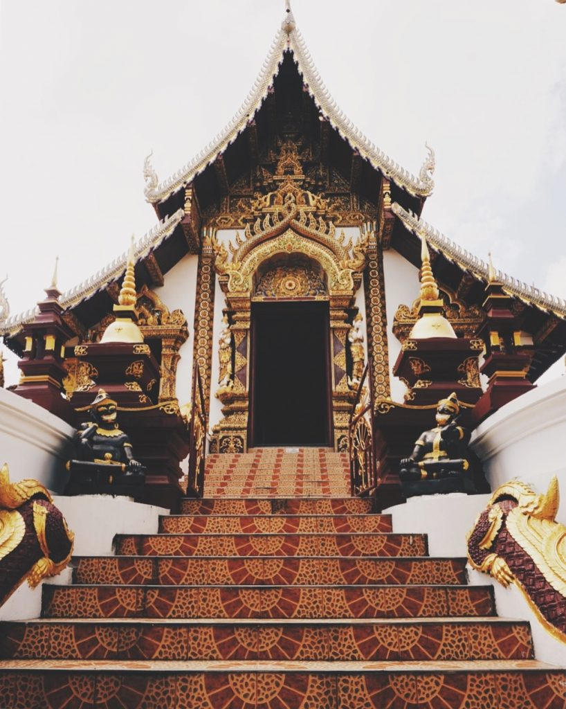 Chiang Mai Guide - Wander the Old Town - Temple Hopping