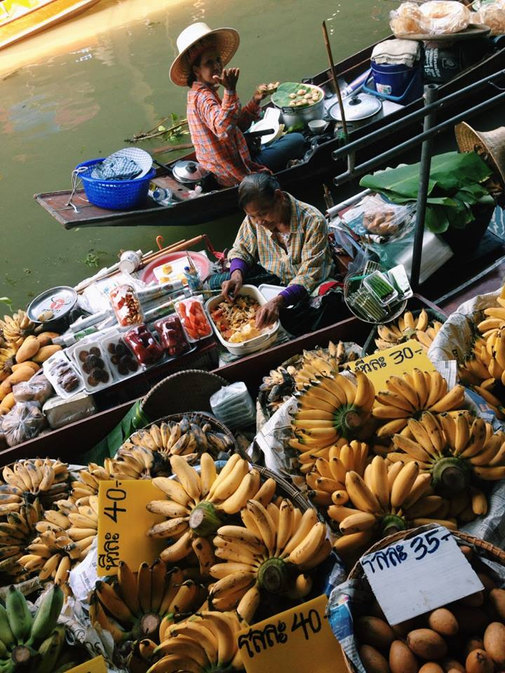 Visiting the floating markets with only 48 hours in Bangkok