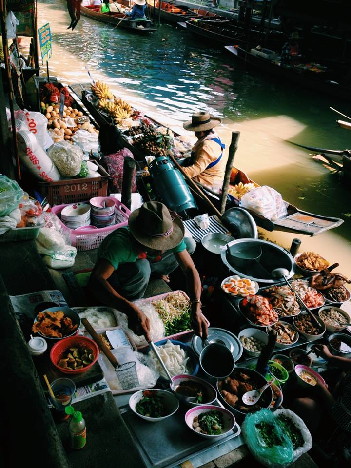 48 hours in Bangkok, exploring the floating markets
