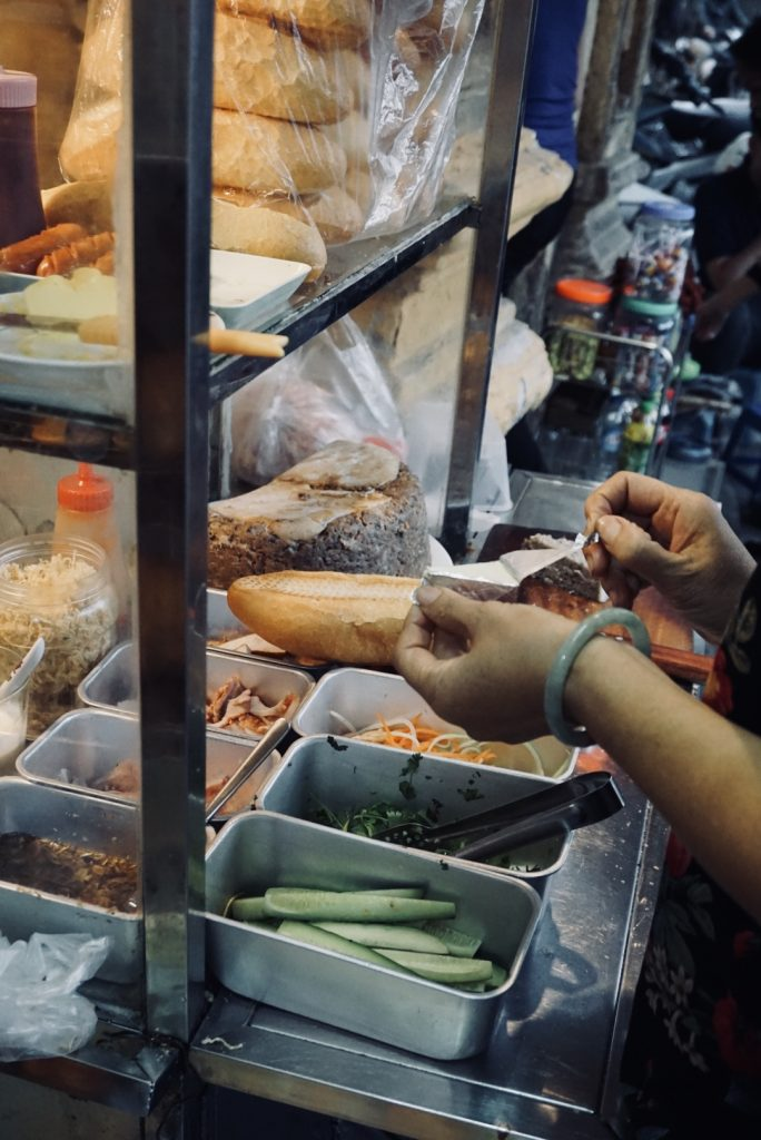 5 Spots That You Absolutely Need to Eat at in Hanoi - The Best Bahn Mi Stall