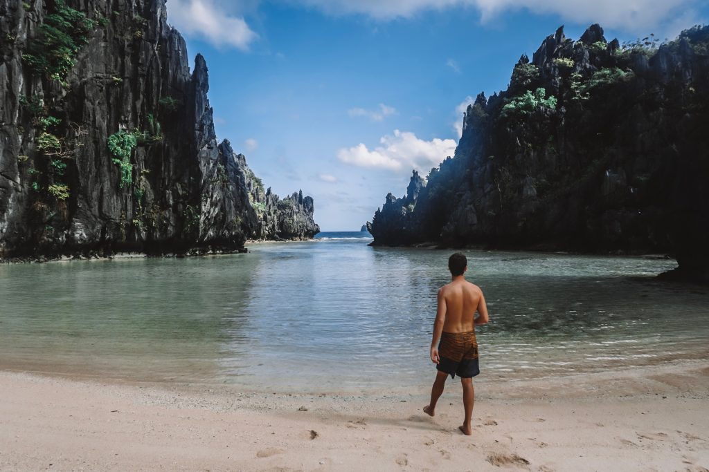 Island Hopping in El Nido: Secret Beach