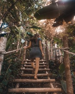Things to do in El Nido: Hiking up to The Birdhouse