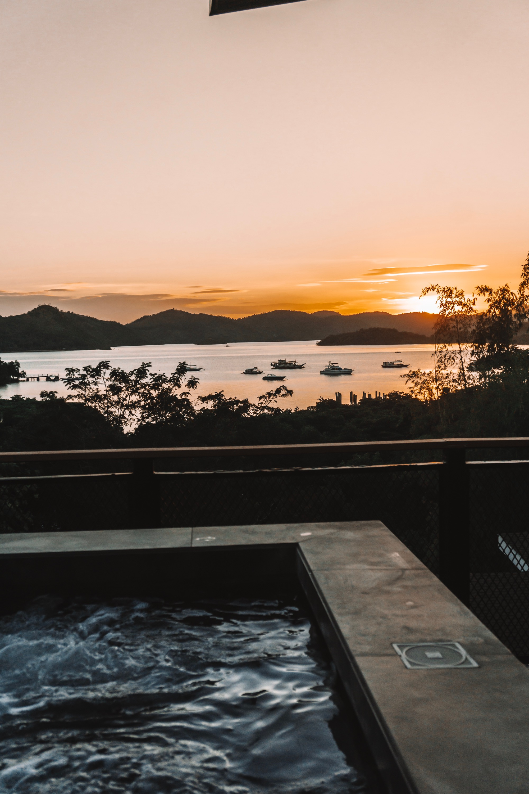 Coron Travel Itinerary: Things to do in Coron - Sunset Views