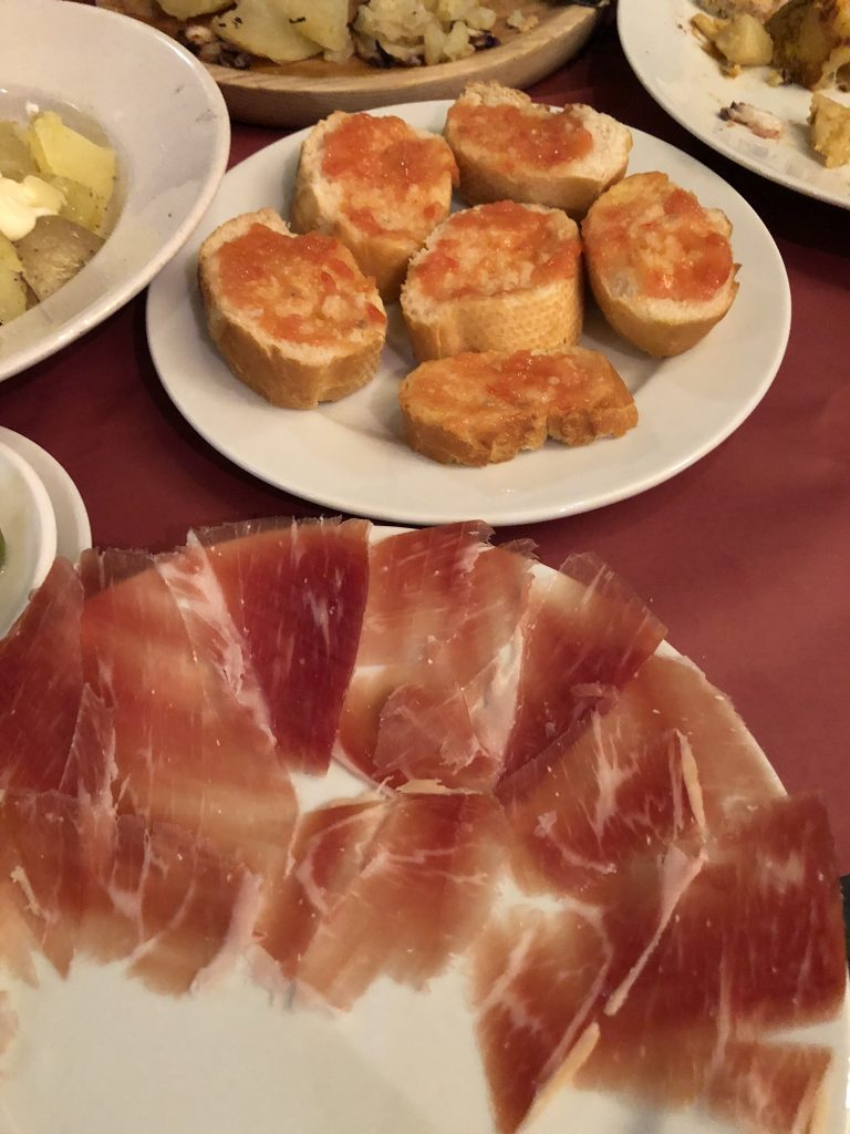 Best Restaurants in Barcelona:Taverna Babia
