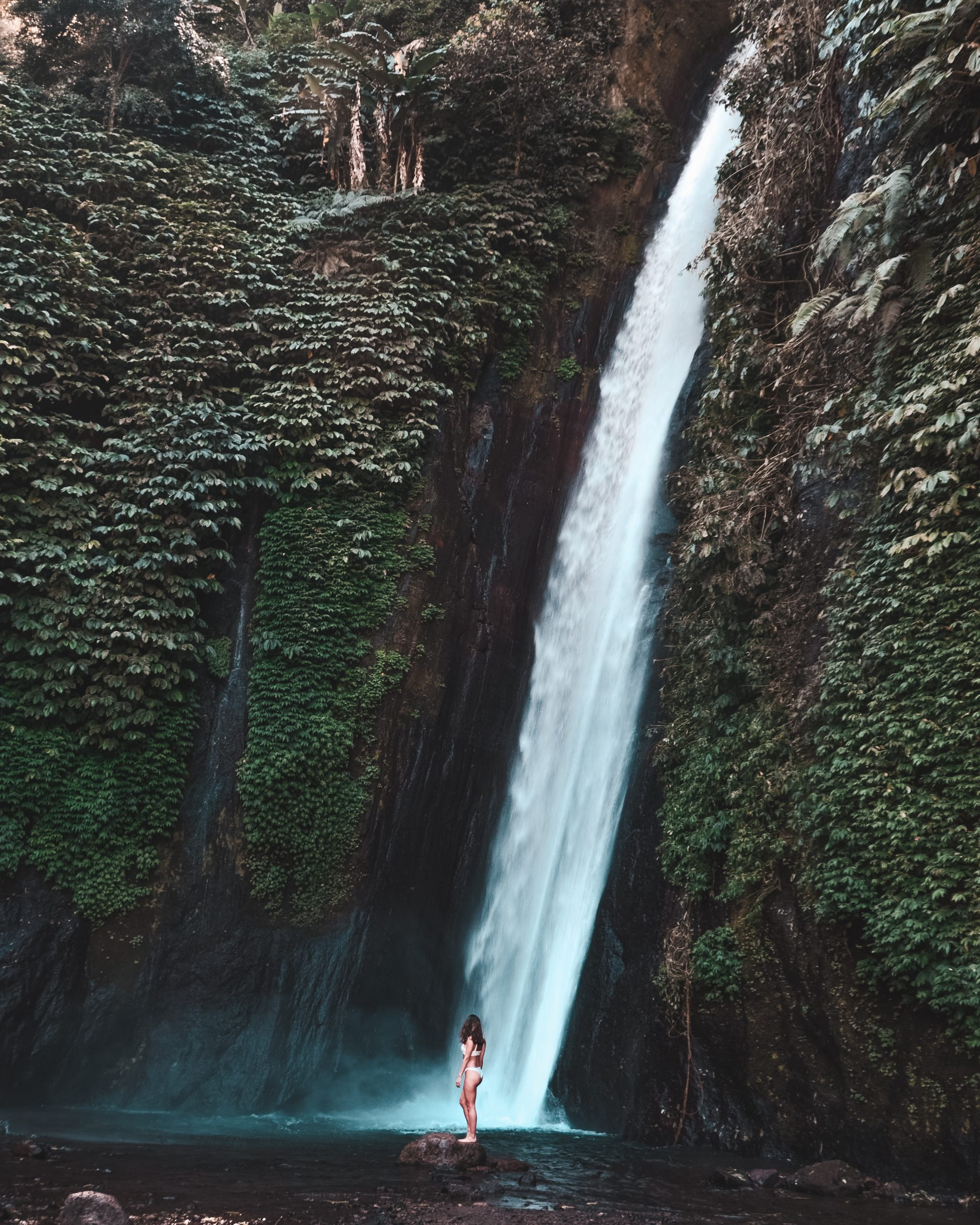 what to do in bali on a budget - visit the munduk waterfalls