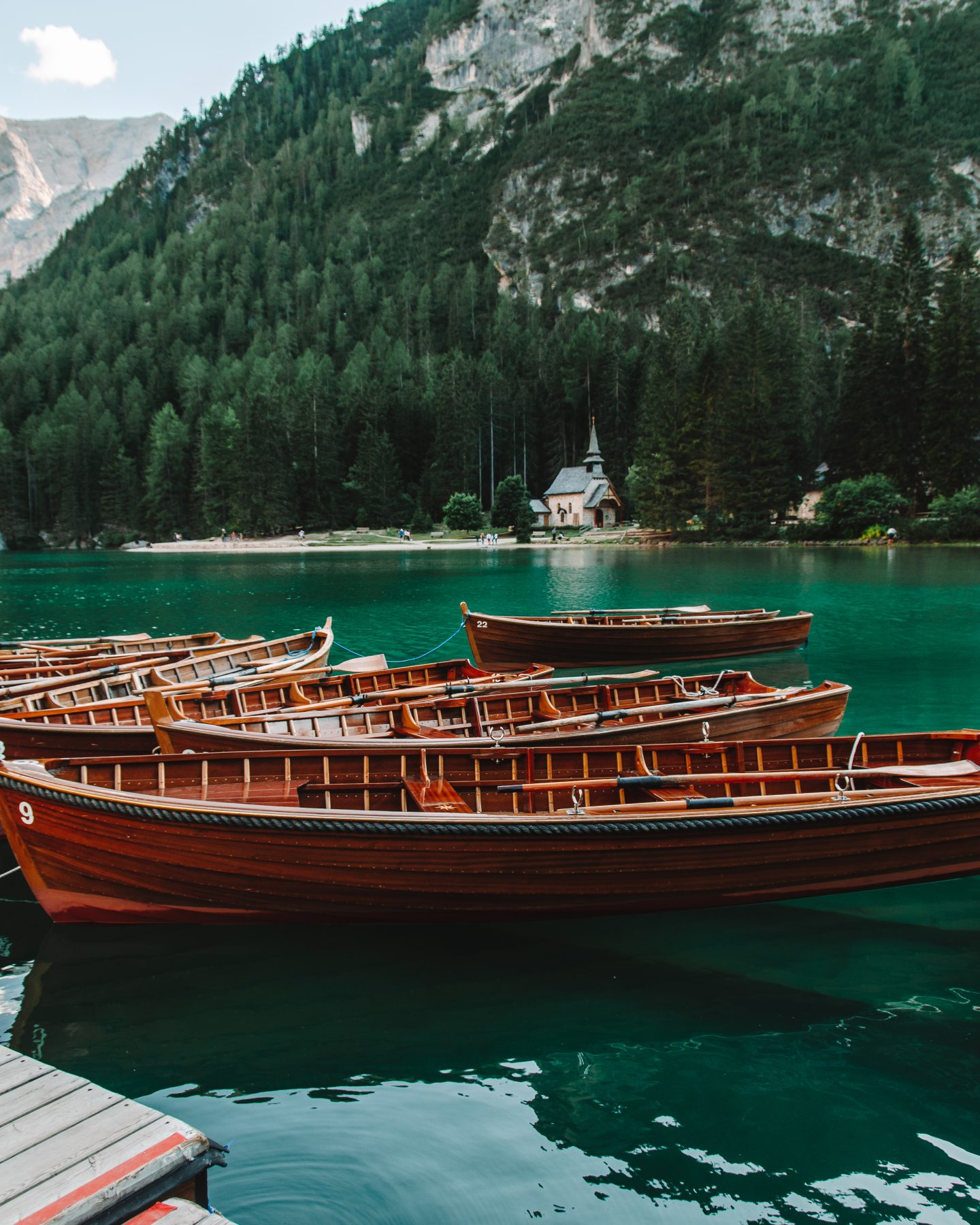 tips for visiting lago di braies