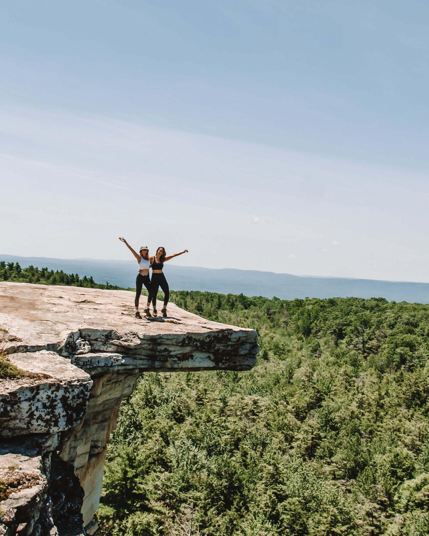 minnewaska state park hike