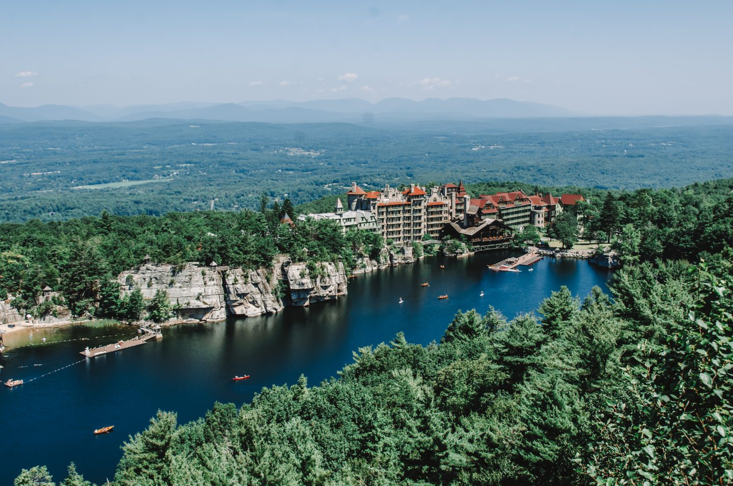 Mohonk Preserve - Mohonk mountain house from above