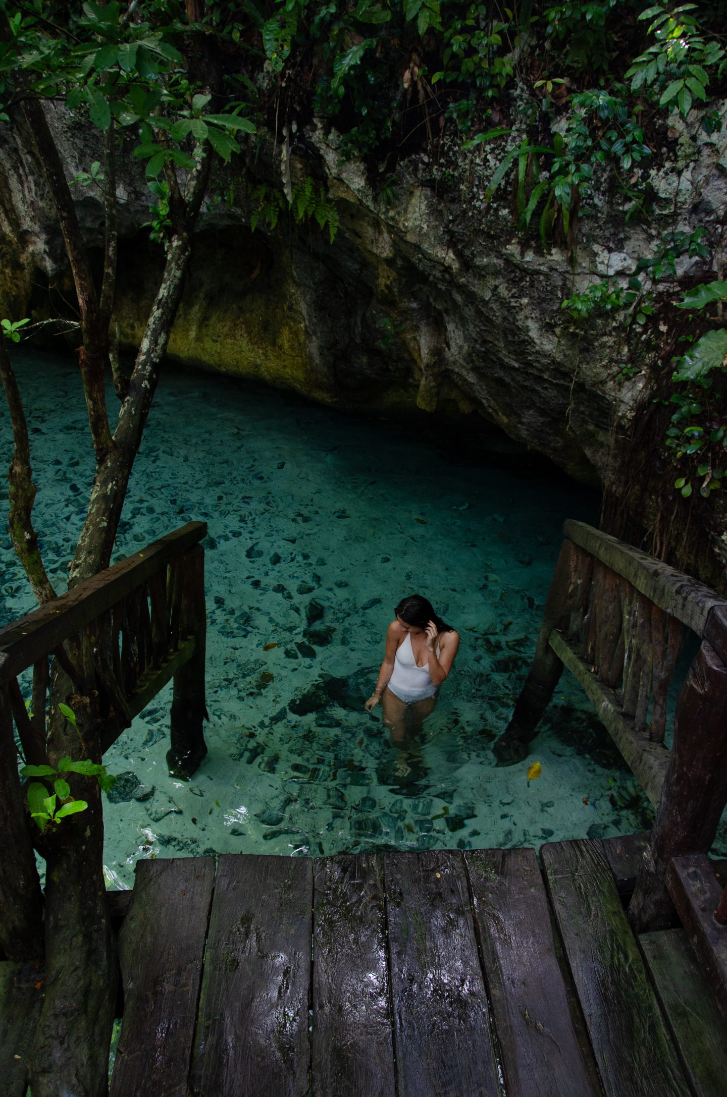 sample image of tulum cenote for lightroom travel presets