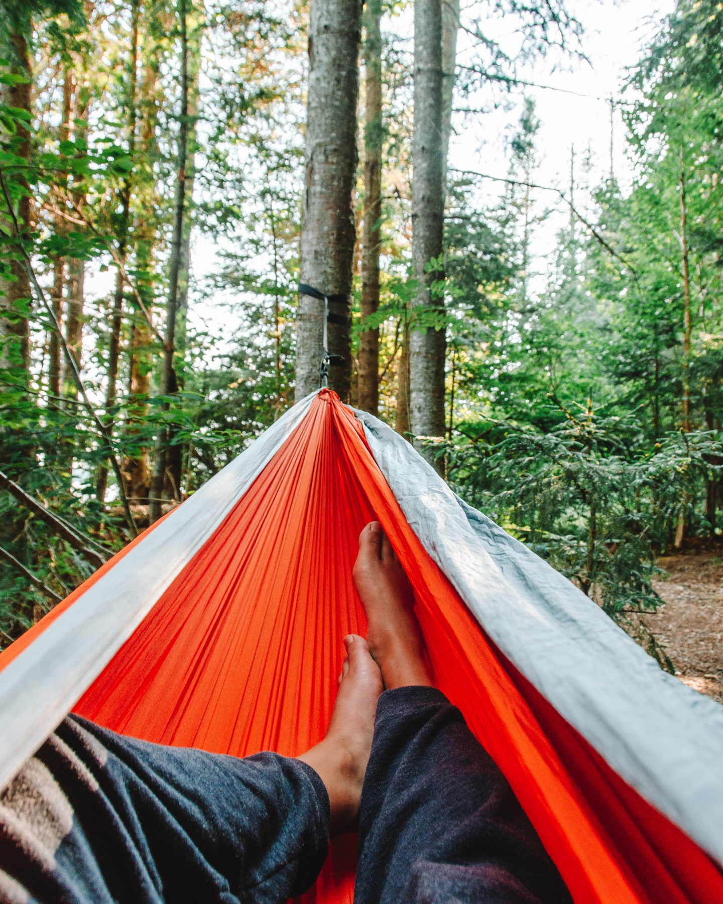 how to pack for your solo hiking adventure - pack a hammock