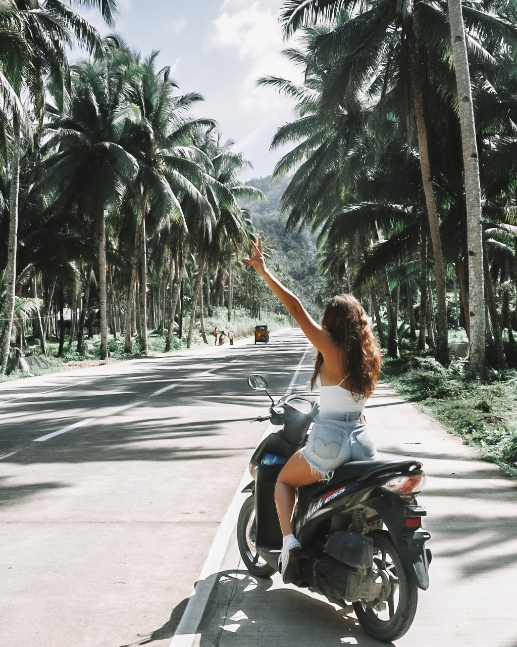 tips for traveling solo as a female